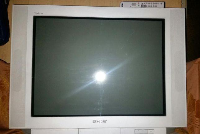 цветной телевизор SONY Trinitron 29дюймов(72см)