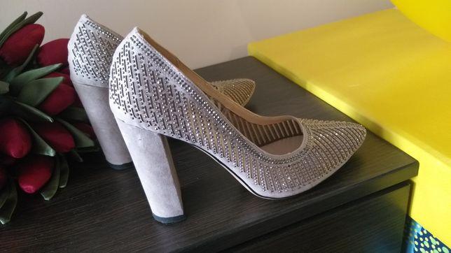 Весільні туфлі 37 розмір