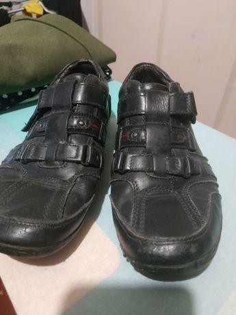 Туфли на мальчика 23см