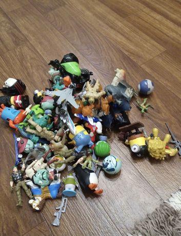 Продам ящик качественных игрушек