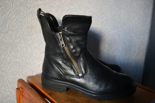 ECCO кожаные ботинки сапоги.