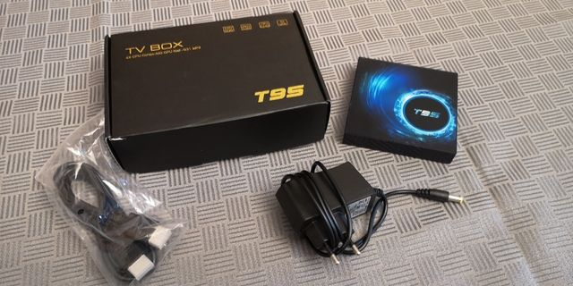 Android box T-95 , czterordzeniowy TV box,Android 10.0 4Gb/32Gb