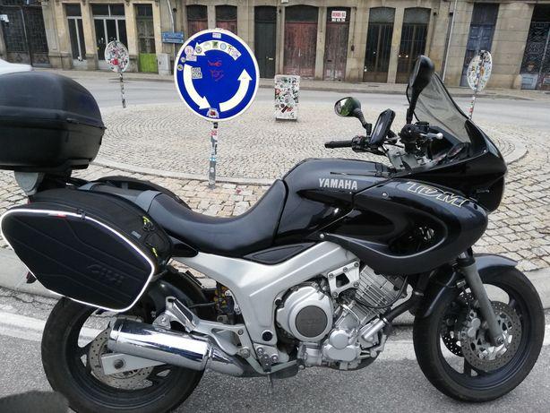 Yamaha tdm 850 negociável, último ano de fabrico