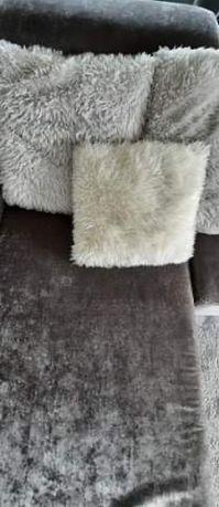Almofadas com pêlo