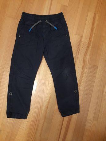 Spodnie chlopiece r. 110