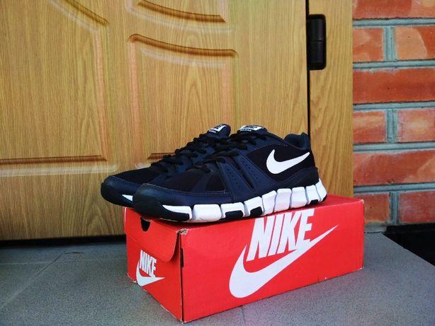 Кроссовки Nike Flex Show TR Trainer Adidas беговые Pegasus 36