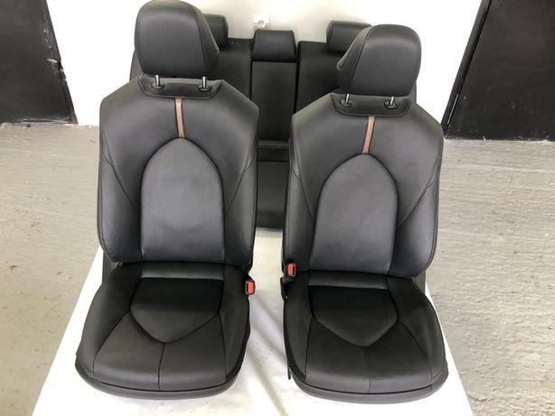 Кожани сидіння салон  Toyota Camry 70 2018 2019 2020