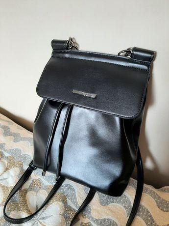 Czarny plecak damski Nowy