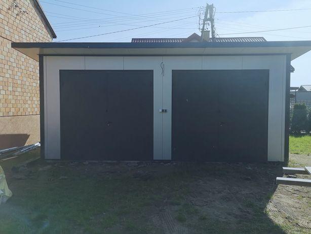 Garaż z płyty warstwowej, bez pozwolenia, hale, lekkie konstrukcje