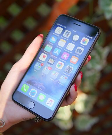 Продам Iphone 8+ plus