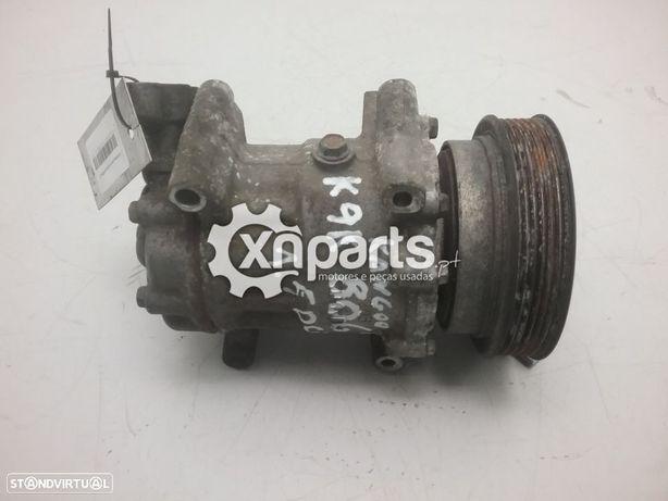 Compressor de ar condicionado RENAULT KANGOO / GRAND KANGOO (KW0/1_) 1.5 dCi   02.08 - /RENAULT KANGOO Express (FW0/1_) 1.5 dCi   02.08 -  Usado REF. K9K 806