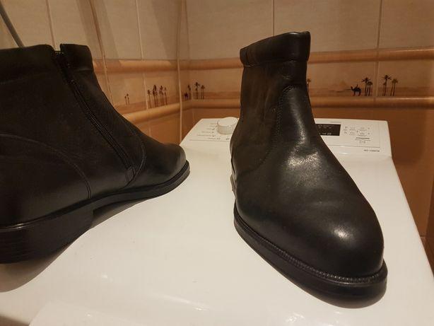 Buty męskie nowe skóra r43