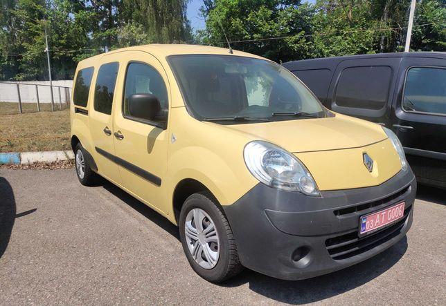 Renault Kangoo пассажир MAXI 2011 год