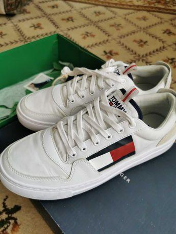 Sprzedam oryginalne buty firmy Tommy Jeans