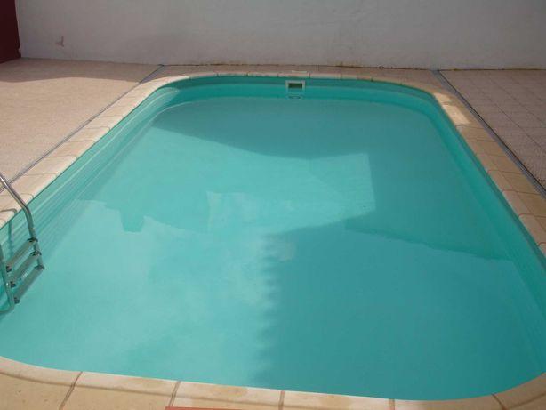 Vende-se MORADIA T3 com piscina