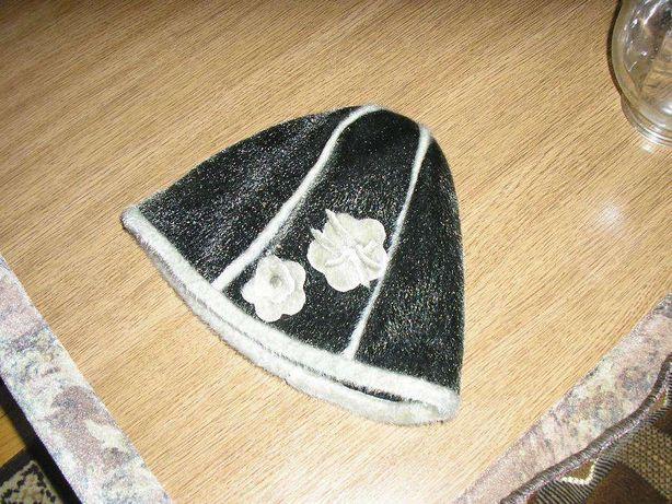 Теплая меховая шапка на флисе
