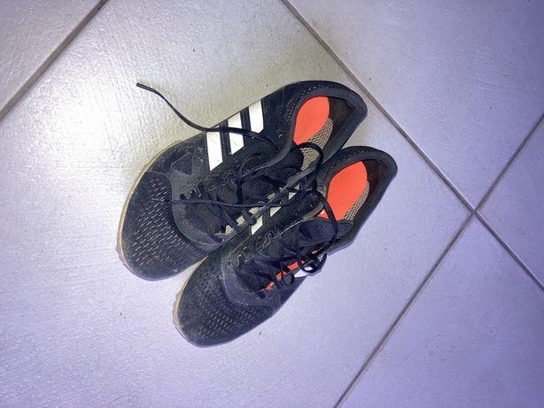 Sapatilhas de bicos / Calçado Atletismo