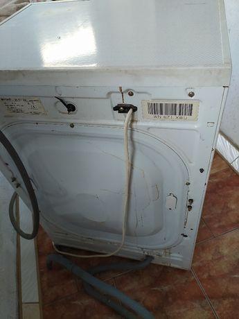Стиральная машина Indesit WN 671 XWU