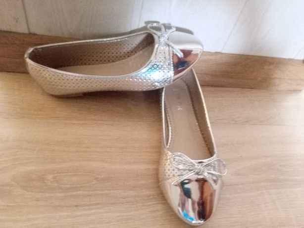 Baleriny 37 Top Or pantofle srebrne Nowe