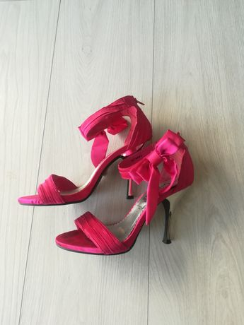 Różowe szpilki rozm. 36 New Look