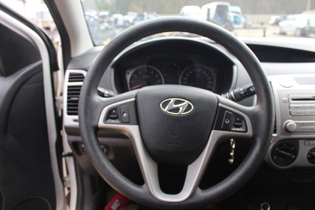 Kierownica Hyundai i20 rok 2011 bez Air Bag