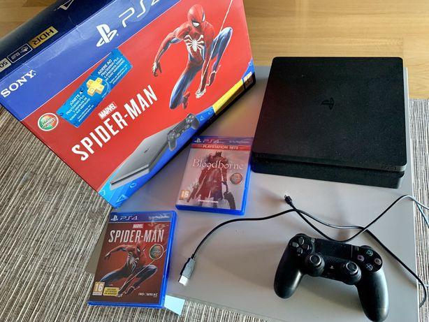 Playstation 4 com dois jogos