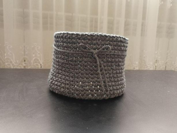Koszyczek robiony na szydełku