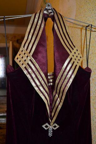 Шикарное платье со стрейч - бархата р. 48-50