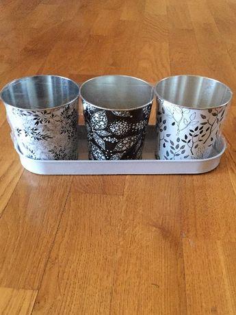 NOWY zestaw dekorowanych kubeczków-doniczek metalowych