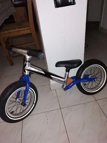 Bicicleta para crianças (sem pedais)