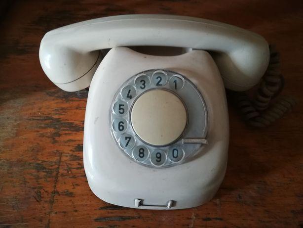 Телефоны дисковые СССР. Цена за два.