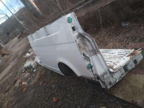 Ліва четверть VW Transporter t5 maxi