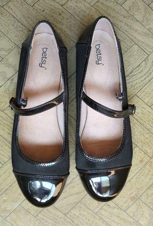 Туфли школьные осень