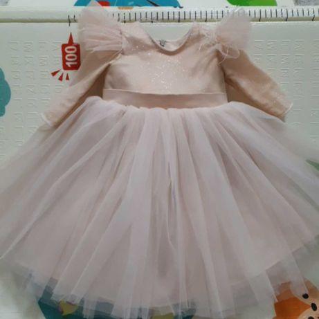 Платье на годик, очень красивое