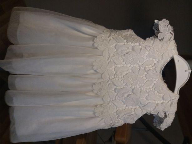 Piękna sukienka rozmiar 74 Primark