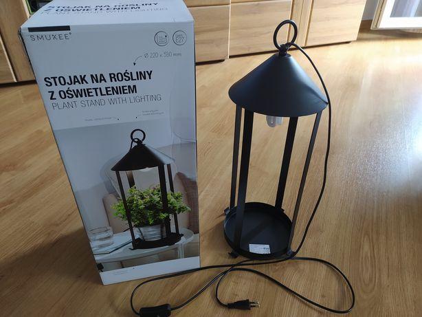 Stojak na rośliny z oświetleniem