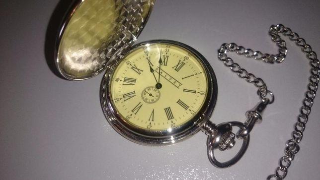 Подарочный набор часы + подставка от Dalvey(Scotland).