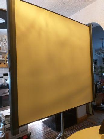 Automatyczny ekran na projektor firmy Agfa