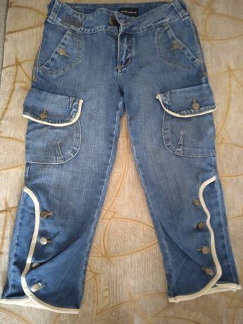 Бріджі джинсові.  .