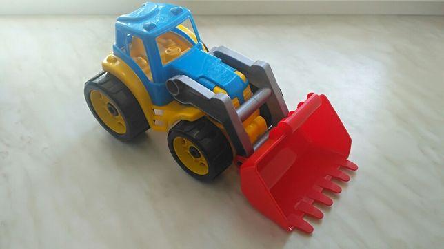 Продам трактор, игрушка, транспорт