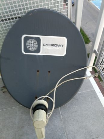 Antena z konwektorem i mocowaniem.