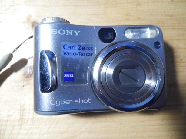 Aparat Sony DSC-60 uszkodzony