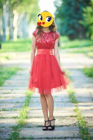 Нарядное, праздничное платье. Платье на выпускной