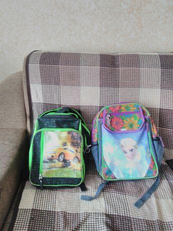 Рюкзаки для дівчинки і хлопчика