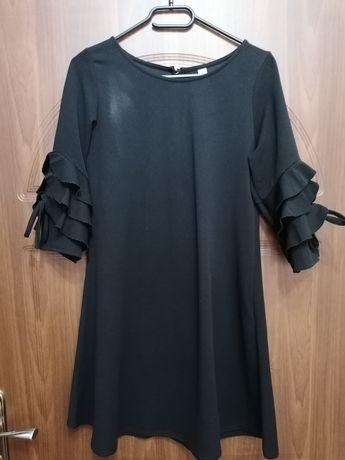 Czarna sukienka rozmiar M