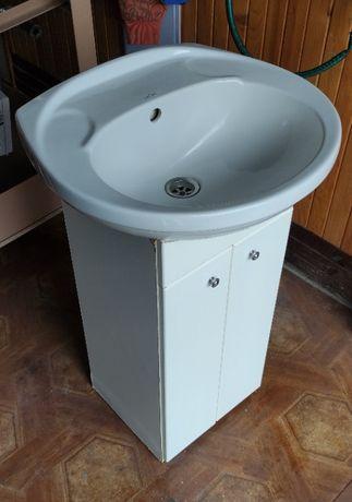 Szafka łazienkowa z umywalką