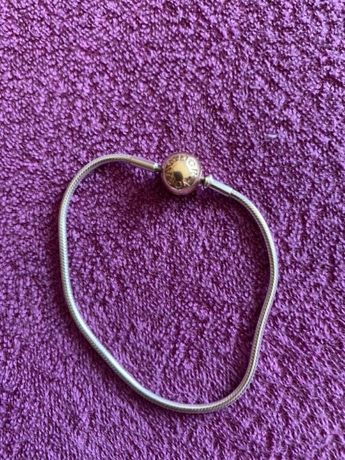 Bransoletka Pandora Essence ze złotym zapięciem r. 16 cm