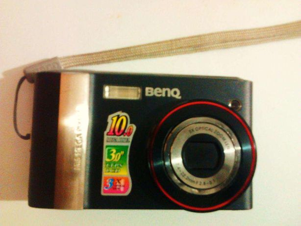 Maquina fotografica digital , liga mas a lente nao foca
