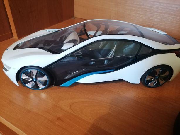 BMW I8 samochód na baterie