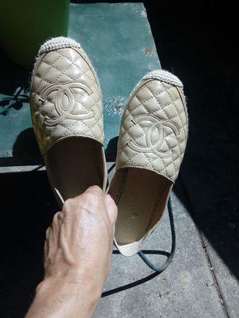 Sapato beje chanel  tamanho 37